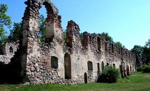 The ruins of Duobelė castle. Photo from www.latvia.travel