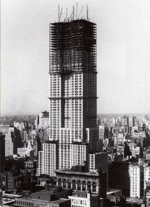 Construction of Empire State Building, New York, USA.