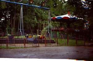 Amusements of Vytauto Park. Photo from atmintiesvietos.lt