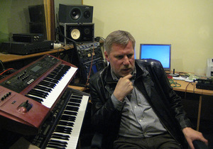 Composer F. Latėnas in the studio. Photo from the personal archive.